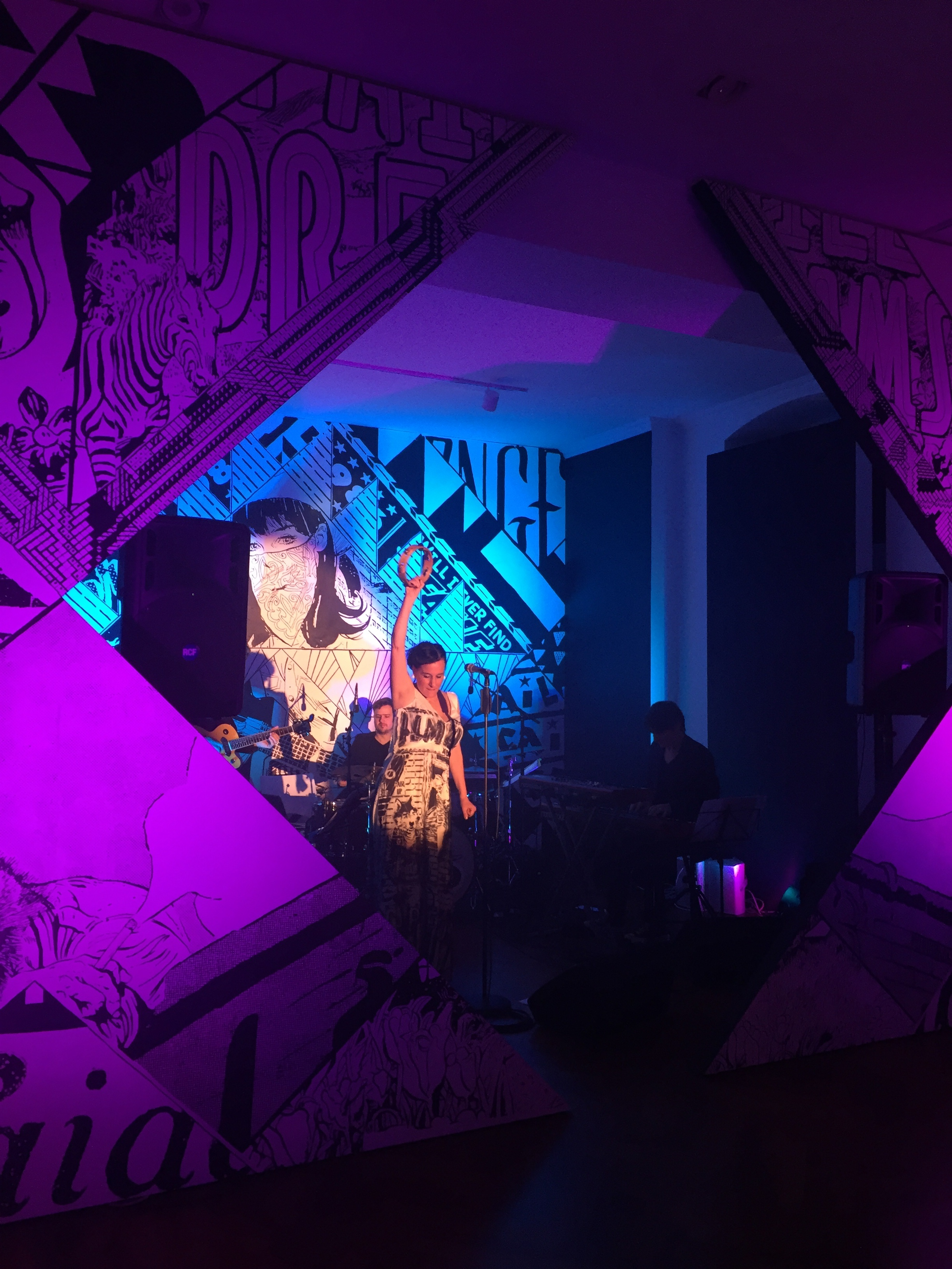 FAILE-Stages_Performance_01